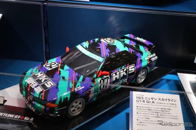 国産車ではR32スカイラインは根強い人気。加えて、リアルなプロポーションを待つファンは少なくないという。《撮影 中込健太郎》