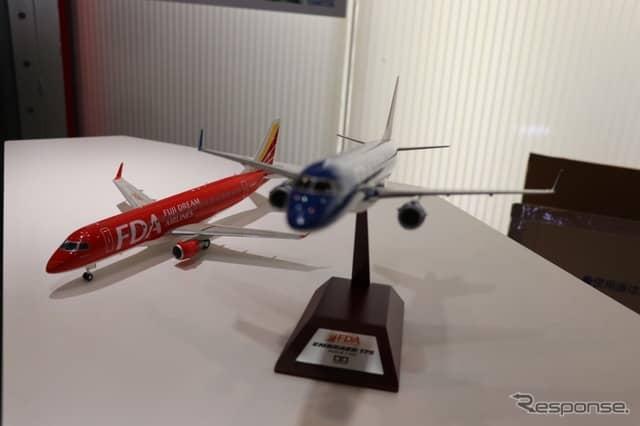 地元静岡の航空会社、FDAフジドリームエアラインのスケールモデルもラインナップ。《撮影 中込健太郎》