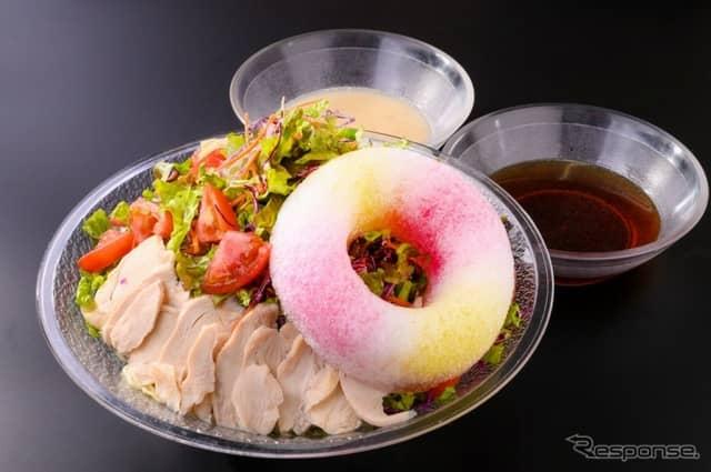 アドベンジャンボメガ冷麺《写真 モビリティランド》