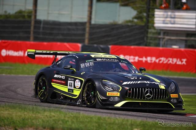 [鈴鹿10時間]5時間経過時点で9位の#44 Mercedes-AMG Team Strakka Racing《Photo:Kazuhisa Masuda/撮影 益田和久》