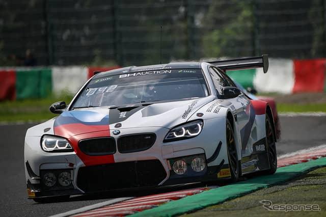 ポールポジションを獲得した#42 BMW Team Schnitzer《Photo:Kazuhisa Masuda/撮影 益田和久》
