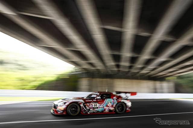 6番手の#00 Mercedes-AMG Team Goodsmile《Photo:Kazuhisa Masuda/撮影 益田和久》