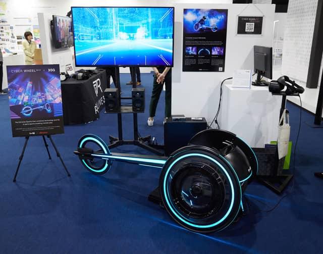 VR空間を疾走する通信対戦型の車いすエンターテイメント「CYBER WHEEL X」発表