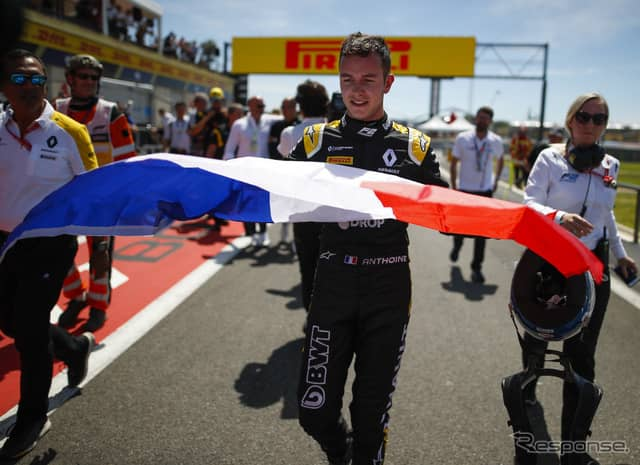 今季のF2第5大会フランス、レース2で優勝したユベール選手。《写真提供 FIA-F2》