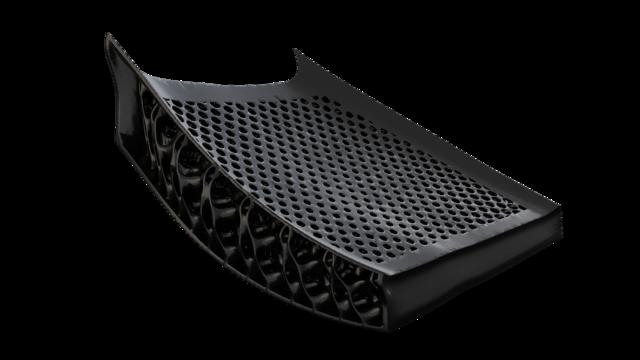 ニューバランス、3Dプリントシューズ新バージョン「FuelCell Echo Triple」発売