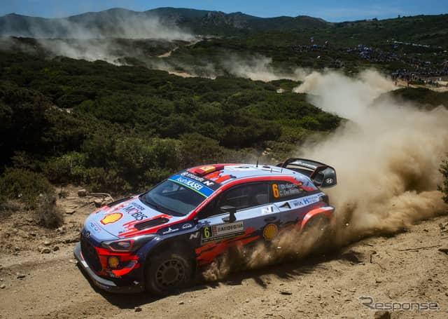 ヒュンダイ i20クーペWRC(今季WRCイタリア戦)《写真提供 Red Bull》
