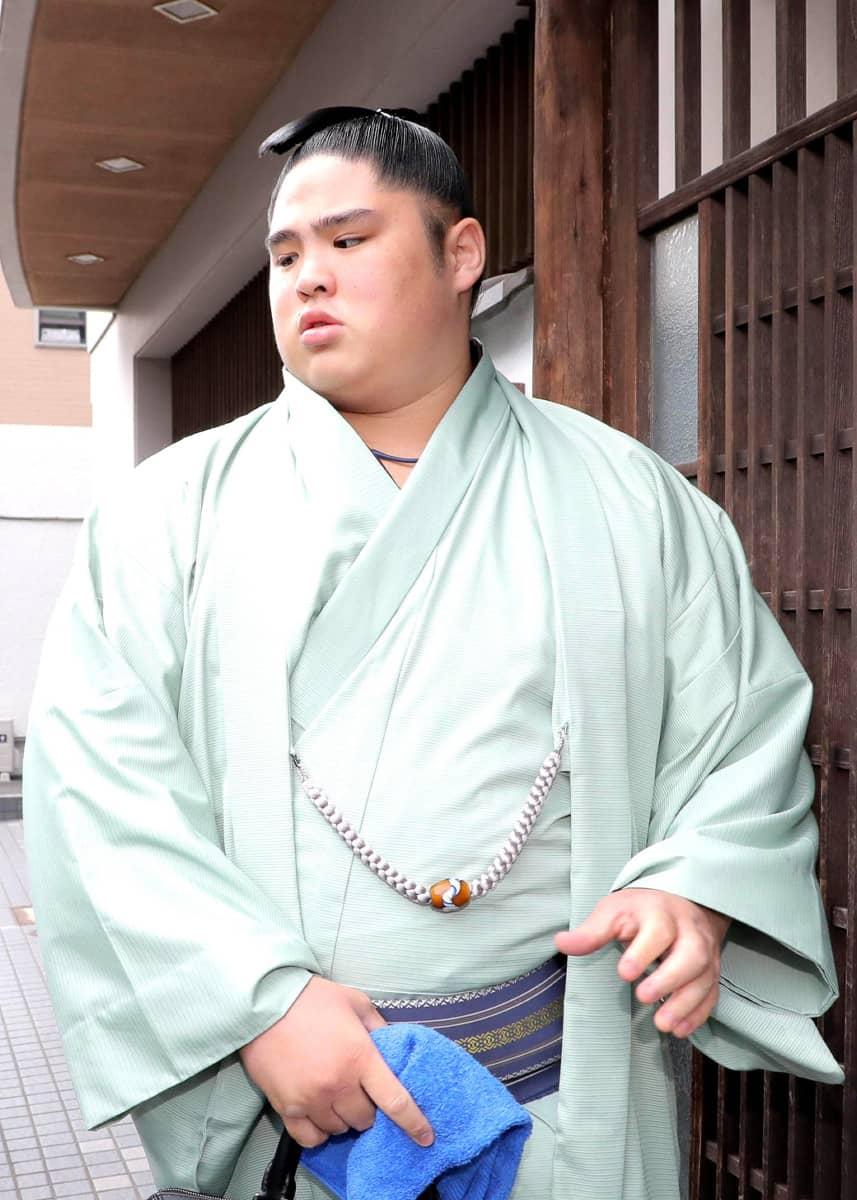 付け人に暴力の貴ノ富士、現役引退を決断 | 相撲・格闘技 ...
