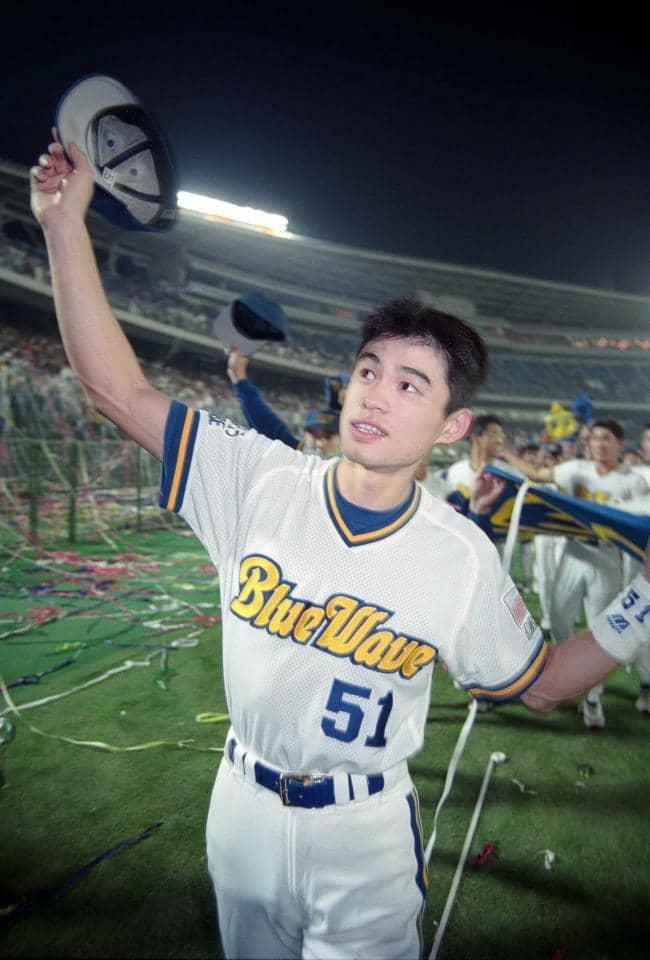 オリックス【きょうは何の日】1995年、初優勝!イチロー祝砲 ...