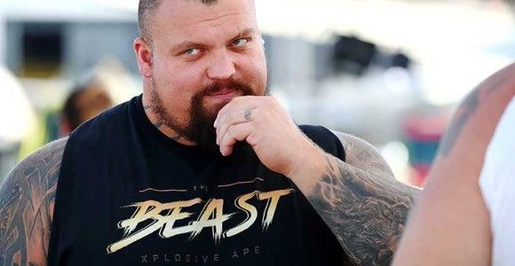 体重158kgで8パック 世界最強の男の肉体改造に驚愕の声