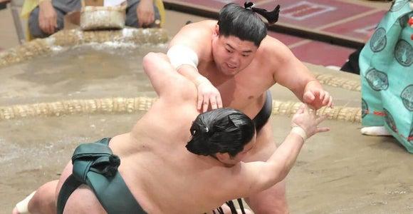 阿炎が十両優勝 幕内返り咲きも濃厚に「喜んでもらえる相撲を」