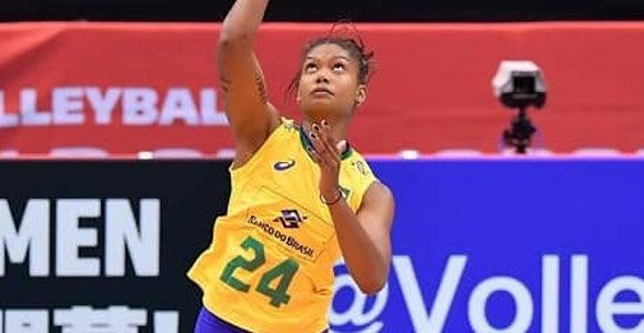 埼玉上尾 ブラジル代表のロレンネ・ティシェイラ選手が入団