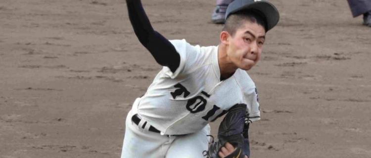 大阪桐蔭のスーパー1年生・関戸が公式戦デビュー 2回無失点3K