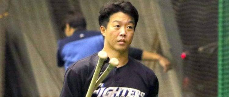 鶴岡、来季も選手&コーチ二刀流「とにかく勝つためにやる」