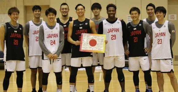 東京五輪でのメダル獲得を目指す3人制バスケ日本代表