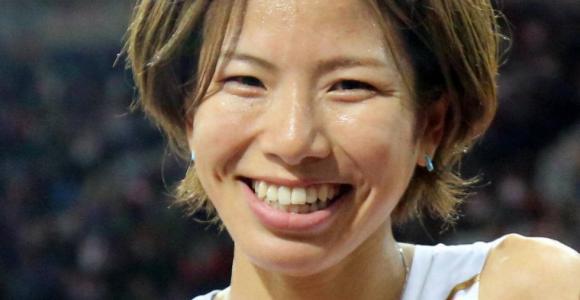 新谷仁美が厚底シューズでハーフマラソン日本新記録
