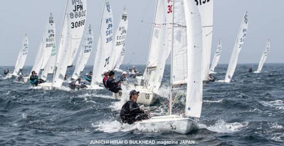 45艇出場、第1回SAILFAST CUP・スナイプ初日成績